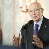 """Manovra, Napolitano: """"Passi importanti per la crescita"""". Maroni e Zaia all'attacco. Ma..."""