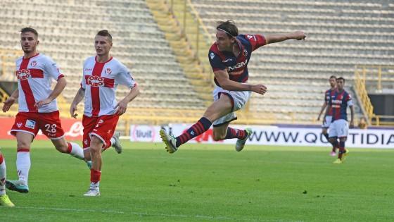 Serie B, il Frosinone mantiene la vetta. Bologna e Livorno insistono