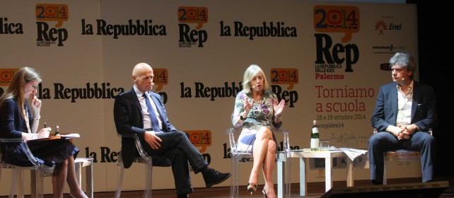 """Il ministro Giannini: """"La scuola deve rimettersi in gioco""""     Vd"""