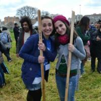 Studenti e cittadini aprono il parco <br />&quot;La nostra isola verde sottratta al cemento&quot;