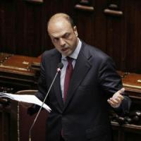 """Alfano: """"Unioni gay sì, nozze no, gli autografi di Marino li faccio annullare tutti"""""""