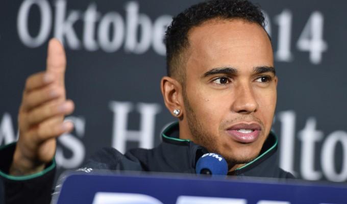 F1, Hamilton e il duello mondiale: ''Si deciderà tutto ad Abu Dhabi''