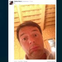 Autoscatto da premier: tutti i selfie di Matteo Renzi