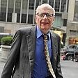 La guerra segreta Sky-Mediaset. Murdoch punta alla tv in chiaro