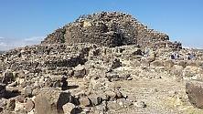 Nuraghi e altopiano    foto    Barumini,l'altra Sardegna