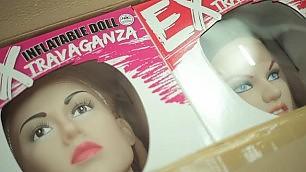 """A Guidonia, """"patria"""" dei sex toys ''La crisi, per noi, non esiste"""""""