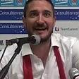 """Pozzecco, uno showman """"Giornalisti, cantiamo?"""""""