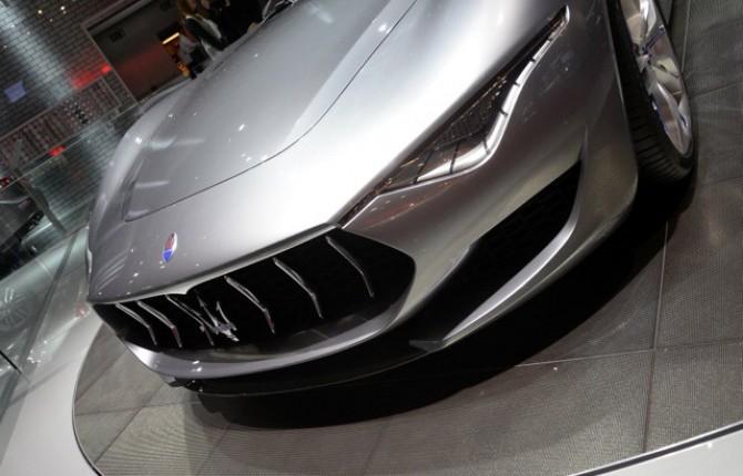 Maserati Alfieri Esposta Al Mef Il Prototipo Fa Show