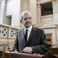 """Consulta, Il Pd archivia Violante: """"Stallo colpa anche nostra"""".  Fi, summit sul candidato"""