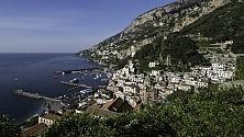 Mare e atmosfere antiche Scoprire Amalfi ora    foto