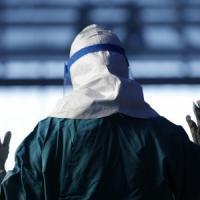 Ebola, guarito il cameraman della Nbc