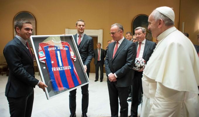 """Bayern, i complimenti del Papa: """"Meravigliosi"""""""