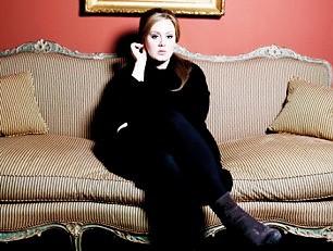 Adele, incubo perfezione: nuovo album solo nel 2015