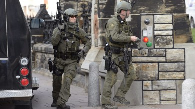 Canada, spari  in Parlamento  ferito un soldato   Diretta tv   -   foto