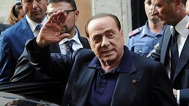 """Berlusconi boccia Renzi sul premio a lista Poi smentisce: """"Ma discutere le modifiche"""""""