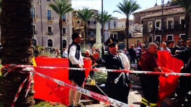 Maltempo, a Catania una donna muore travolta da palma sradicata dal vento   vd