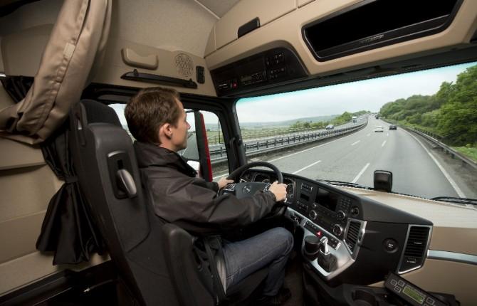 Stupidario della sicurezza stradale miracolosi effetti - Foto di grandi camion ...