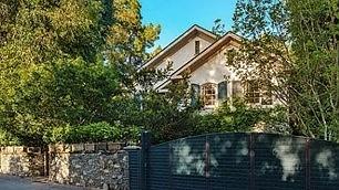 Jennifer Lawrence compra casa  e la paga otto milioni di dollari