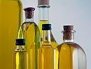 Alimentazione, 'stretta' sull'olio al ristorante Il Parlamento vieta le bottiglie 'ricaricabili'