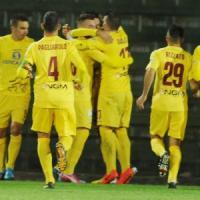 Serie B: Bologna a secco nel derby, terzetto al comando