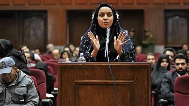 Iran, Reyhaneh è stata impiccata   foto