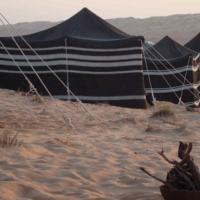 Accampamento a cinque stelle: tende extra lusso nel deserto