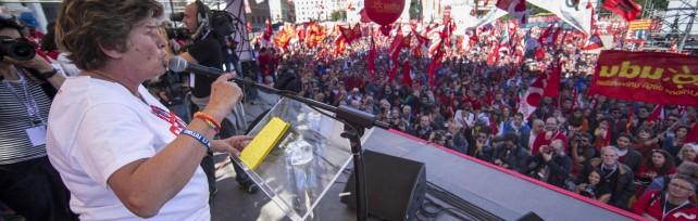 """Cgil: un milione in piazza   foto   /   Liveblog   Camusso: """"Avanti con sciopero generale""""   video"""