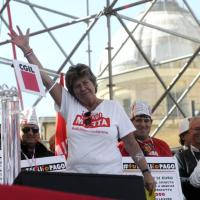 Leader contro leader: la politica a colpi di t-shirt