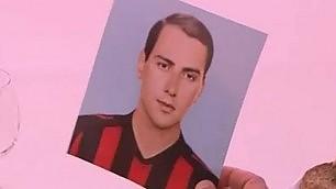 Ecco la figurina di Berlusconi Provino col Milan a 16 anni