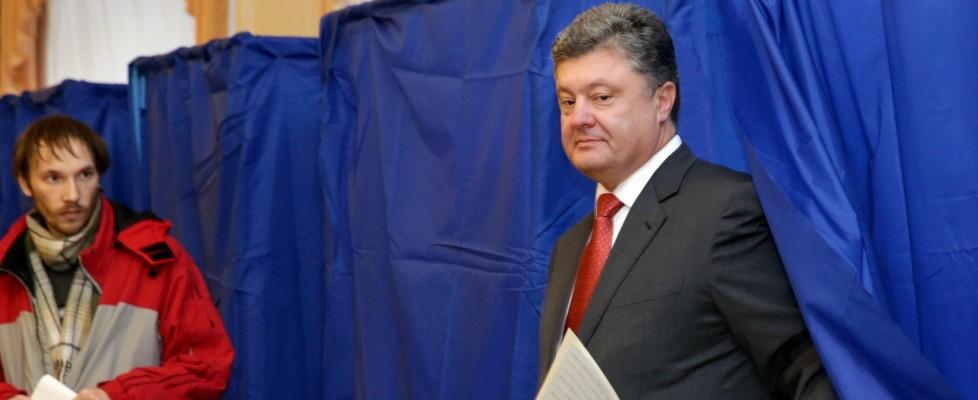 Ucraina al voto, gli exit poll: vince ma non trionfa Poroshenko. Non si vota in zone filorusse