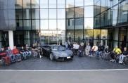 Alberghini e alcuni pluri premiati atleti paraolimpici ospiti di Lamborghini
