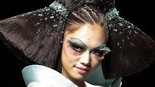Moda a Pechino, il trucco c'è La sfilata del make-up artist