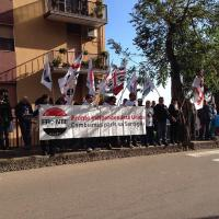 Sardegna, Sit-in di cittadini di fronte al tribunale di Lanusei