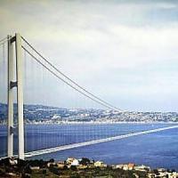 """Ponte di Messina, attacchi al governo da M5s. Wwf: """"Ingiustificato, non c'è alcuna penale..."""