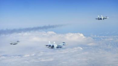"""Tensione nei cieli europei, allerta Nato """"Insolita attività di aerei russi""""   foto"""