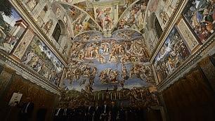 Meraviglia di luce: 7mila led per illuminare la Cappella Sistina    l'articolo   -  il video