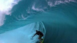 Dentro l'onda in slow motion