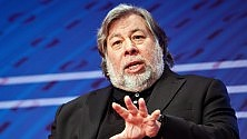 "Wozniak: ""Apple sbaglia, deve aprirsi al mondo""   ft     di GIULIANO BALESTRERI"