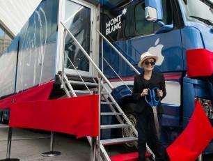 In Italia il John Lennon Educational Tour Bus