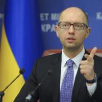 """Tensione sui cieli europei, la Nato: """"Più vigilanza"""". Accordo Russia-Ucraina-Ue sul gas"""
