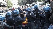 """I POLIZIOTTI: """"LE PAROLE SPESSO FANNO PIÙ MALE DELLE MANGANELLATE""""(BLOG)"""