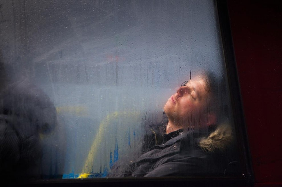 Londra in bus: le vite sfocate dei pendolari