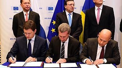 Gas, raggiunto l'accordo Ucraina-Russia scongiurata crisi energetica   video 1     - 2
