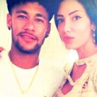 Neymar, l'amore va veloce: jet privato per la fidanzata
