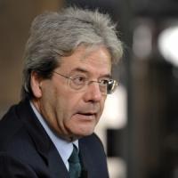"""Gentiloni giura al Quirinale, è il nuovo ministro degli Esteri: """"Governo dev'essere..."""