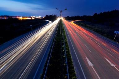 Germania choc: autostrada a pagamento solo per gli stranieri