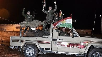 Peshmerga curdi a Kobane   video    -    foto   15mila jihadisti stranieri con l'Is in Siria