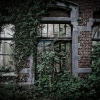 Tra stupende rovine: dentro il castello abbandonato di Mesen