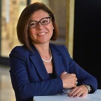 """Paola De Micheli: """"Vado a fare la pontiera del Pd"""""""