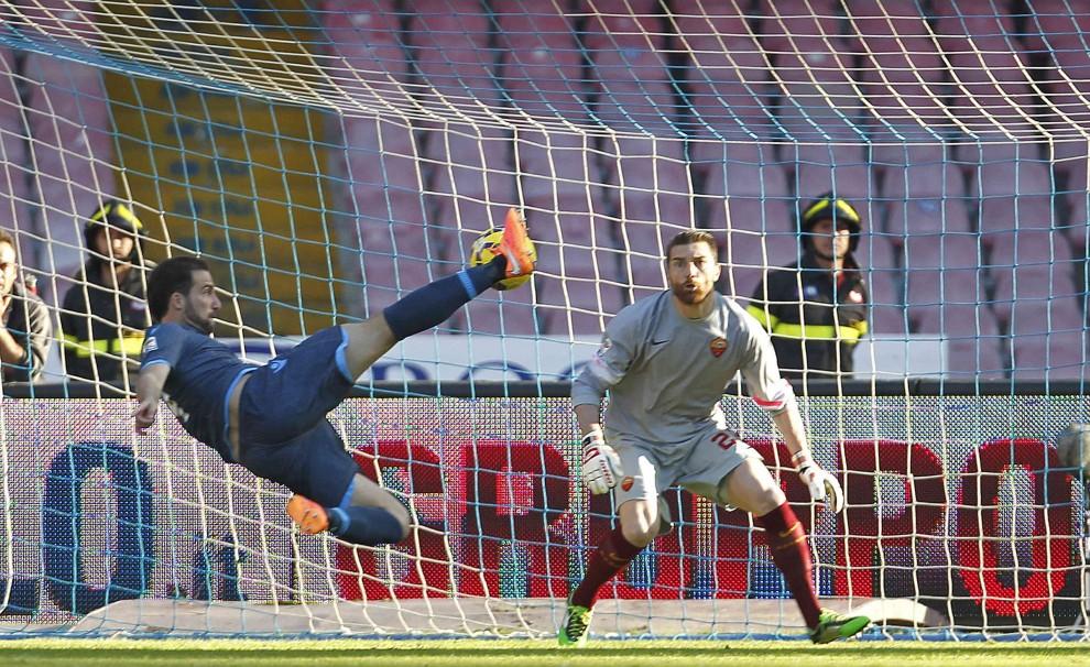 Серия А. Наполи - Рома 2:0. Бенитес снова в игре - изображение 3